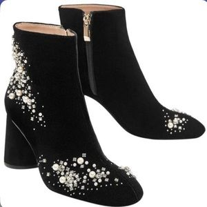 Zara Shoes - Zara Velvet Pearl Rhinestone Ankle Boot